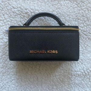 Micheal Kors Cosmetic Bag